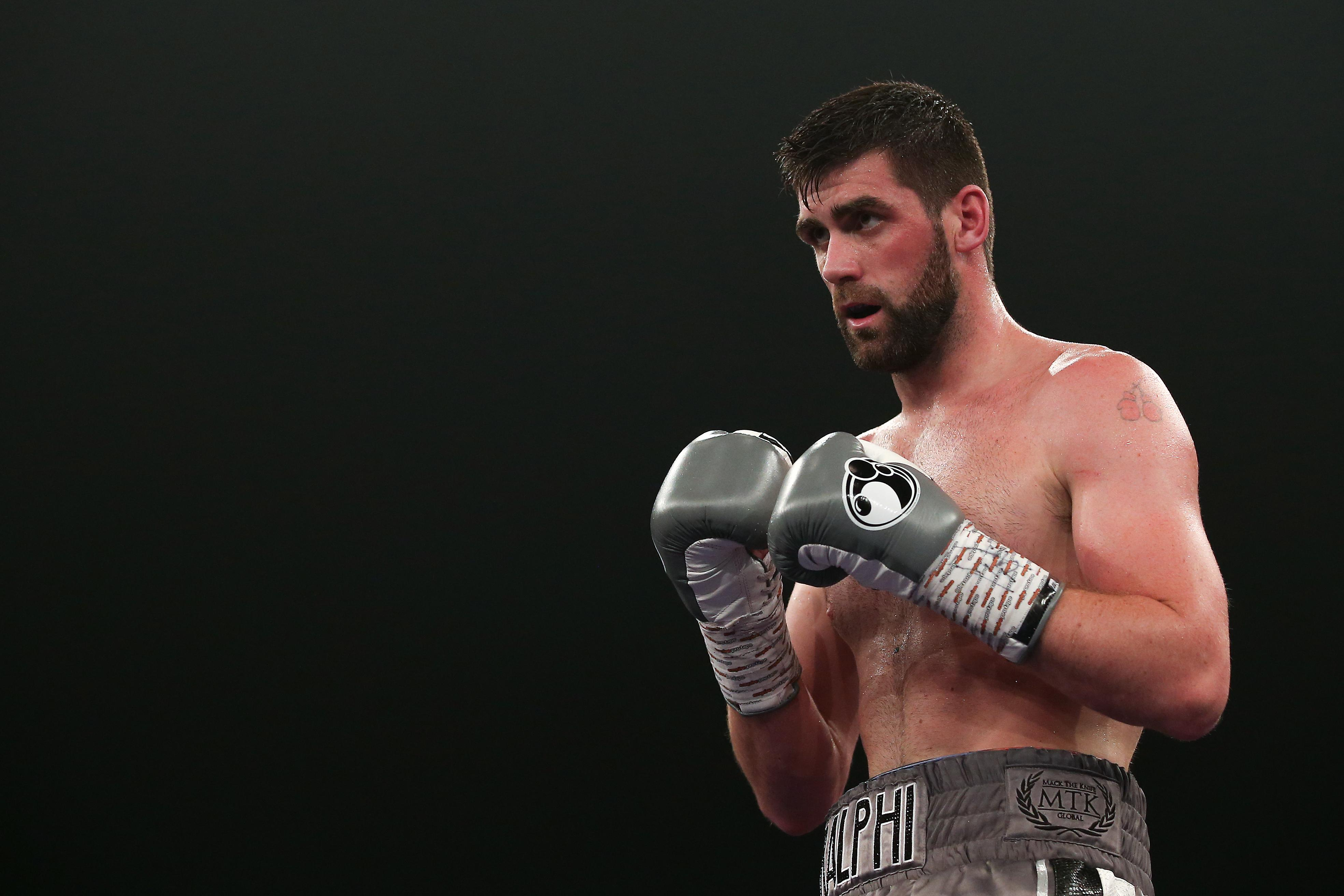 Fielding will face the Mexican mega-star later this year