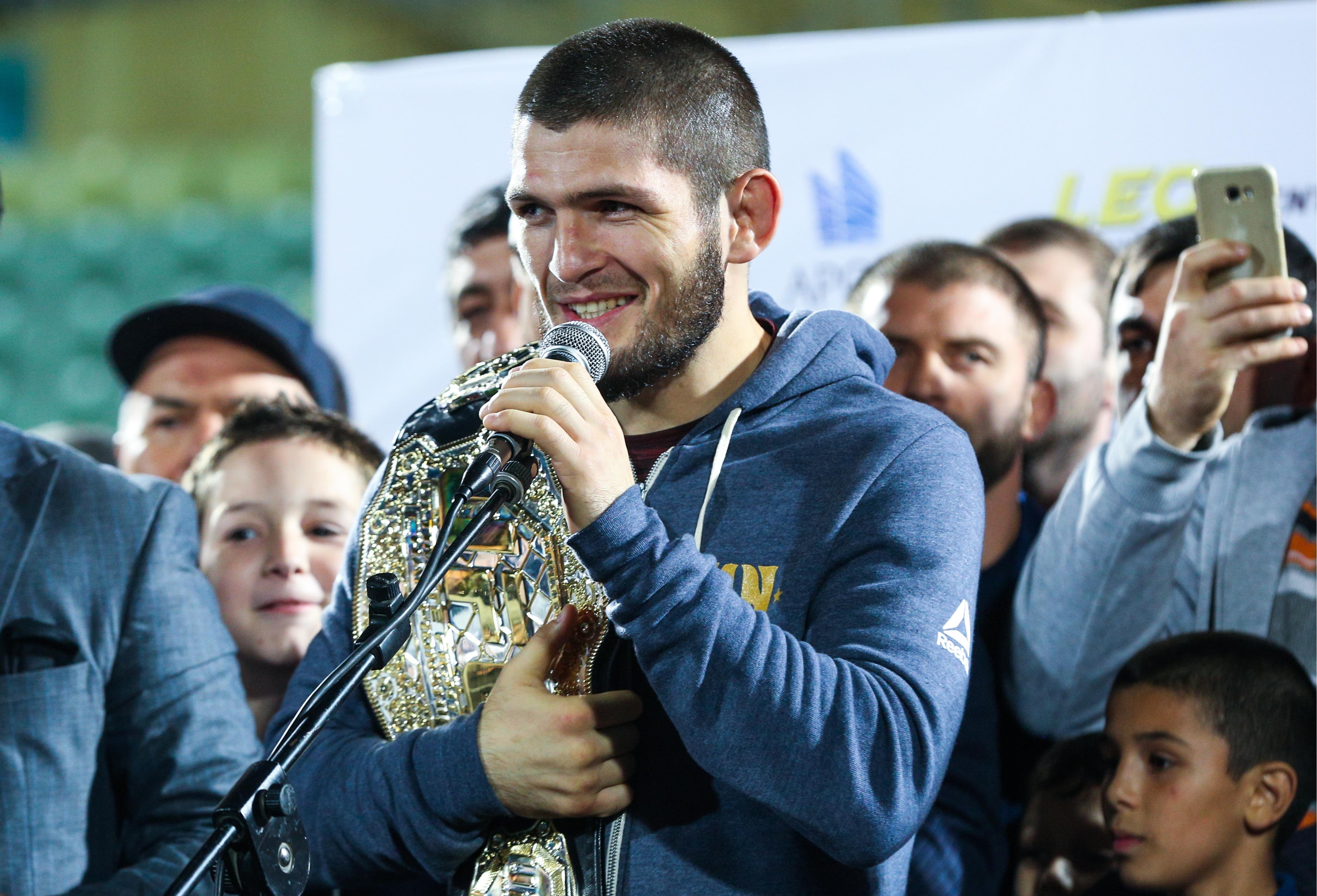 Khabib Nurmagomedov is keen to face Floyd Mayweather in Moscow, Russia