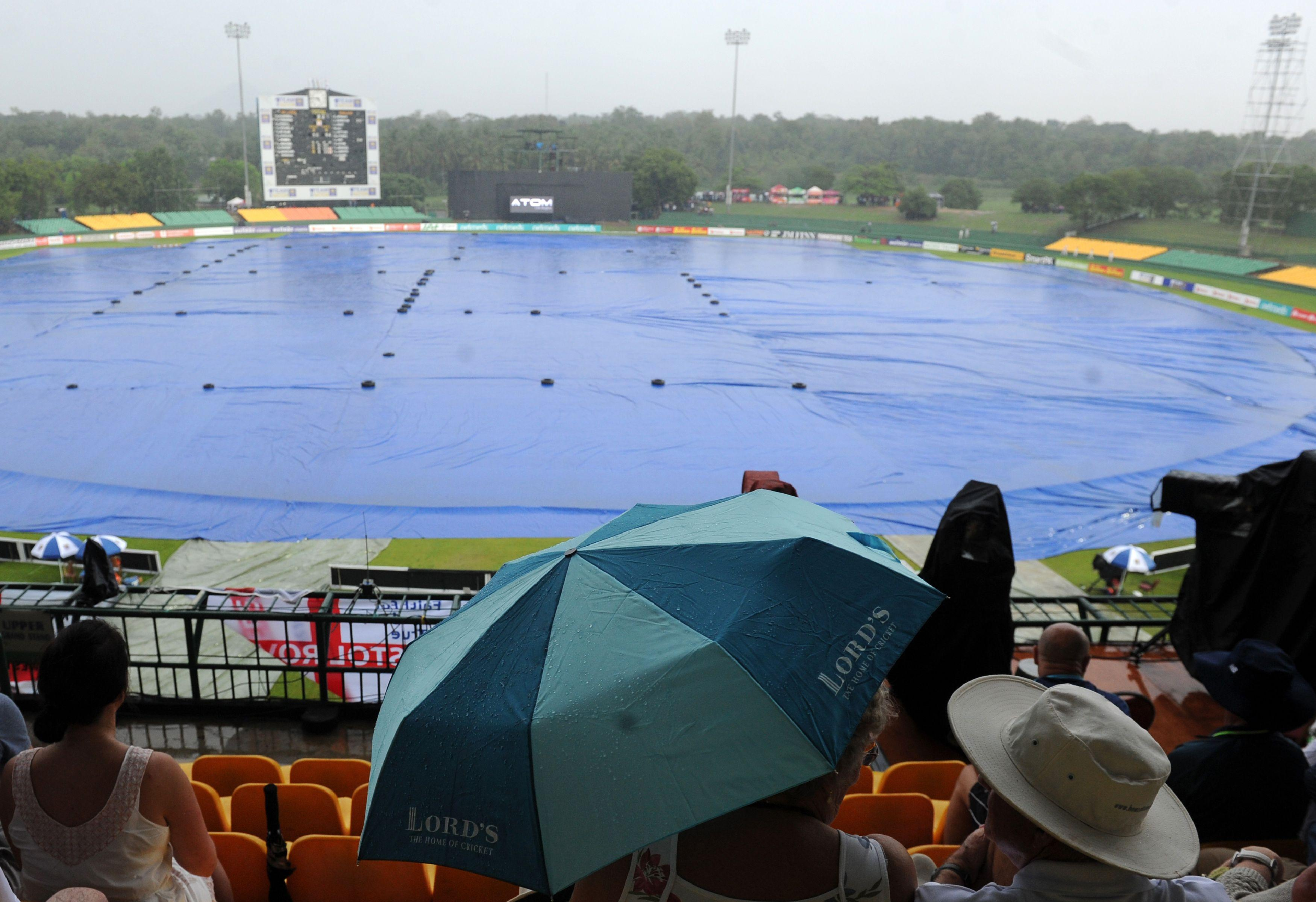 The first ODI between England and Sri Lanka has been abandoned due to rain
