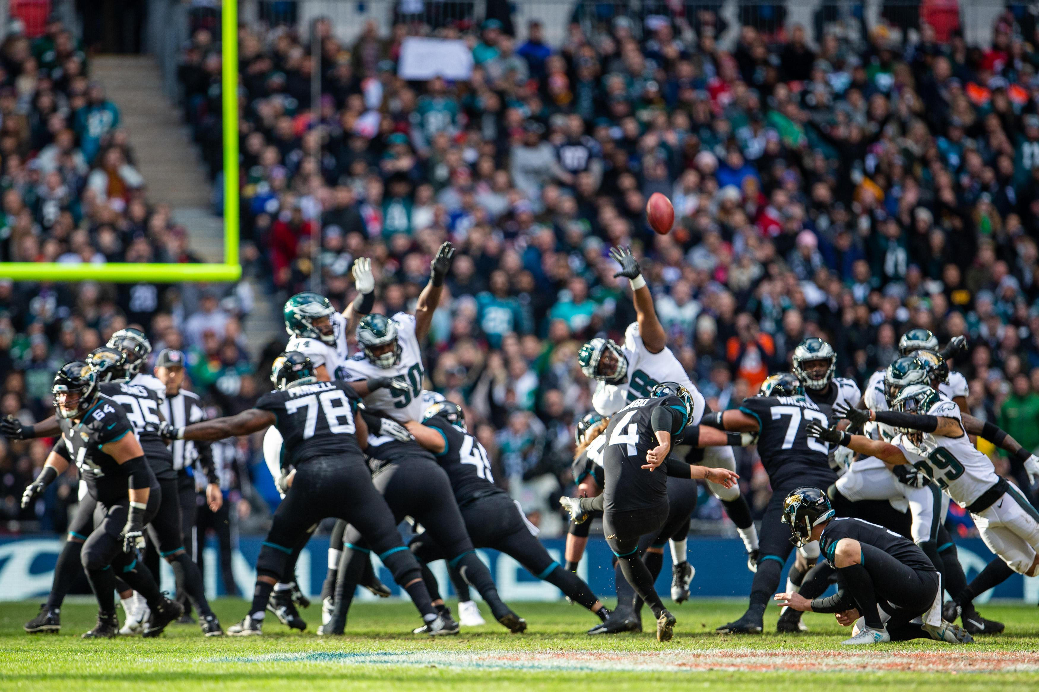 The Jaguars took an early lead but were beaten by a Carson Wentz-inspired Eagles