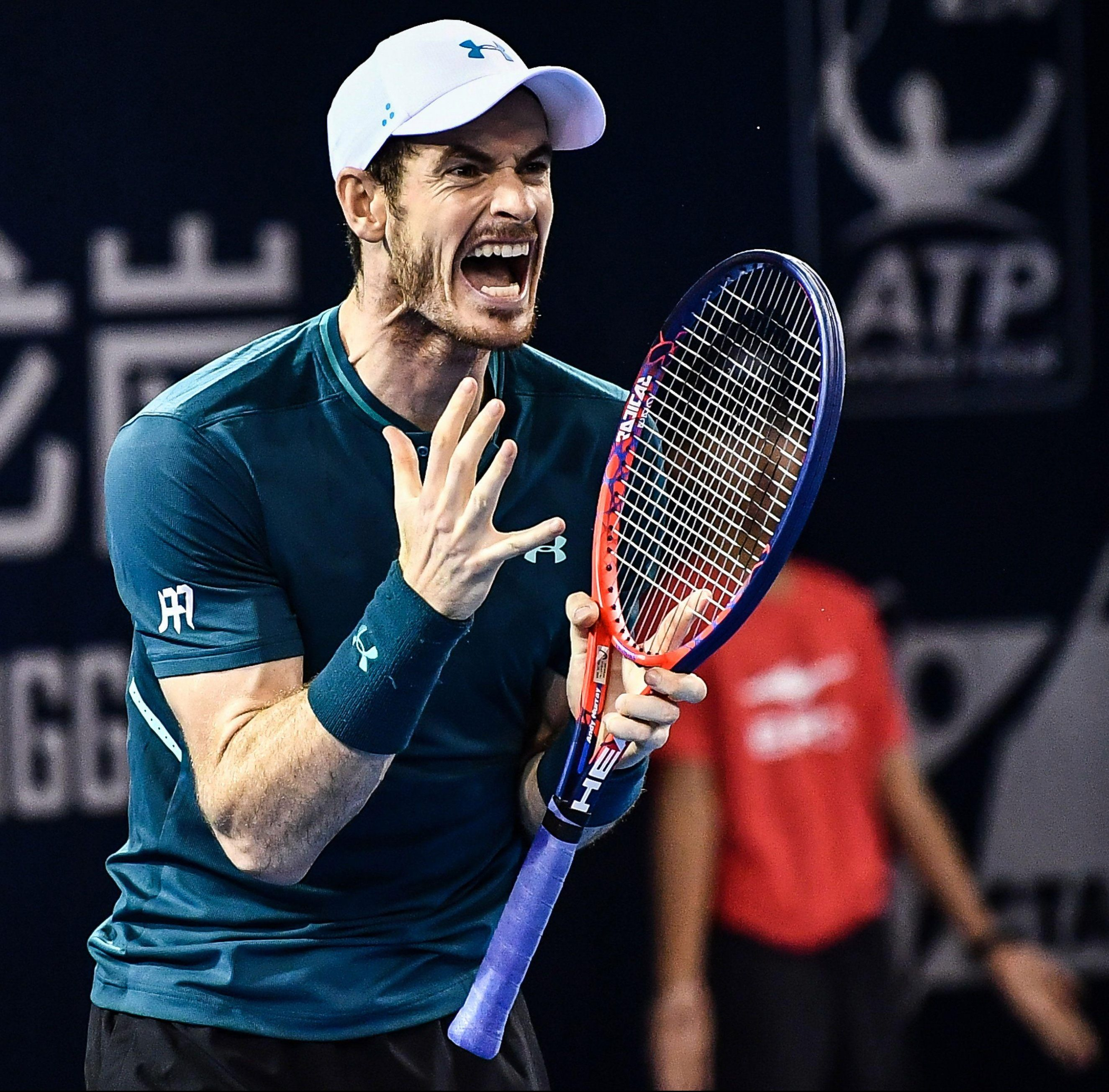 Andy Murray has had frustrating setbacks after his serious injury but Tim Henman is refusing to write off the former world No 1