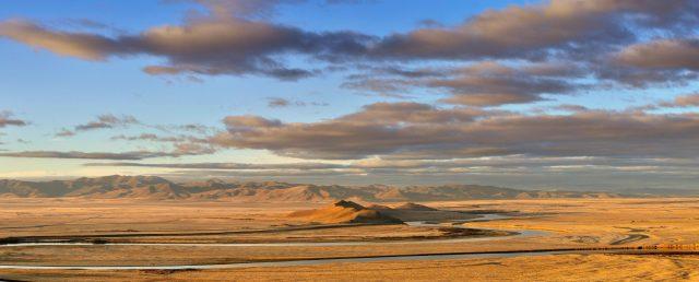 Η ξηρή βόρεια της Κίνας κοντά στη λεκάνη της Κίτρινης Θάλασσας