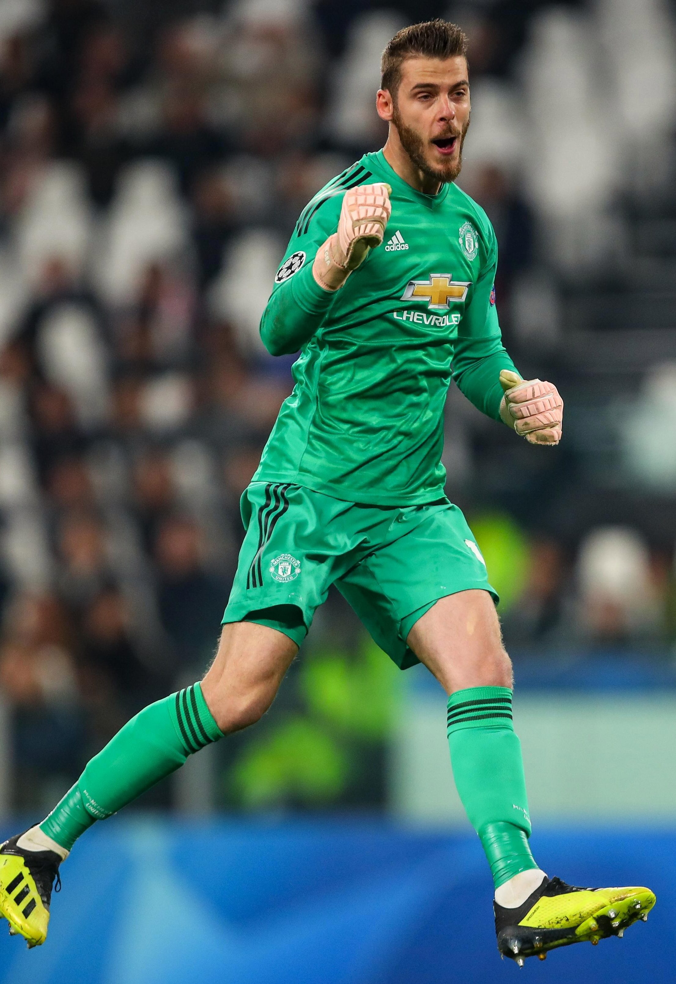 David De Gea was literally bouncing as he saw Manchester United win it at the death