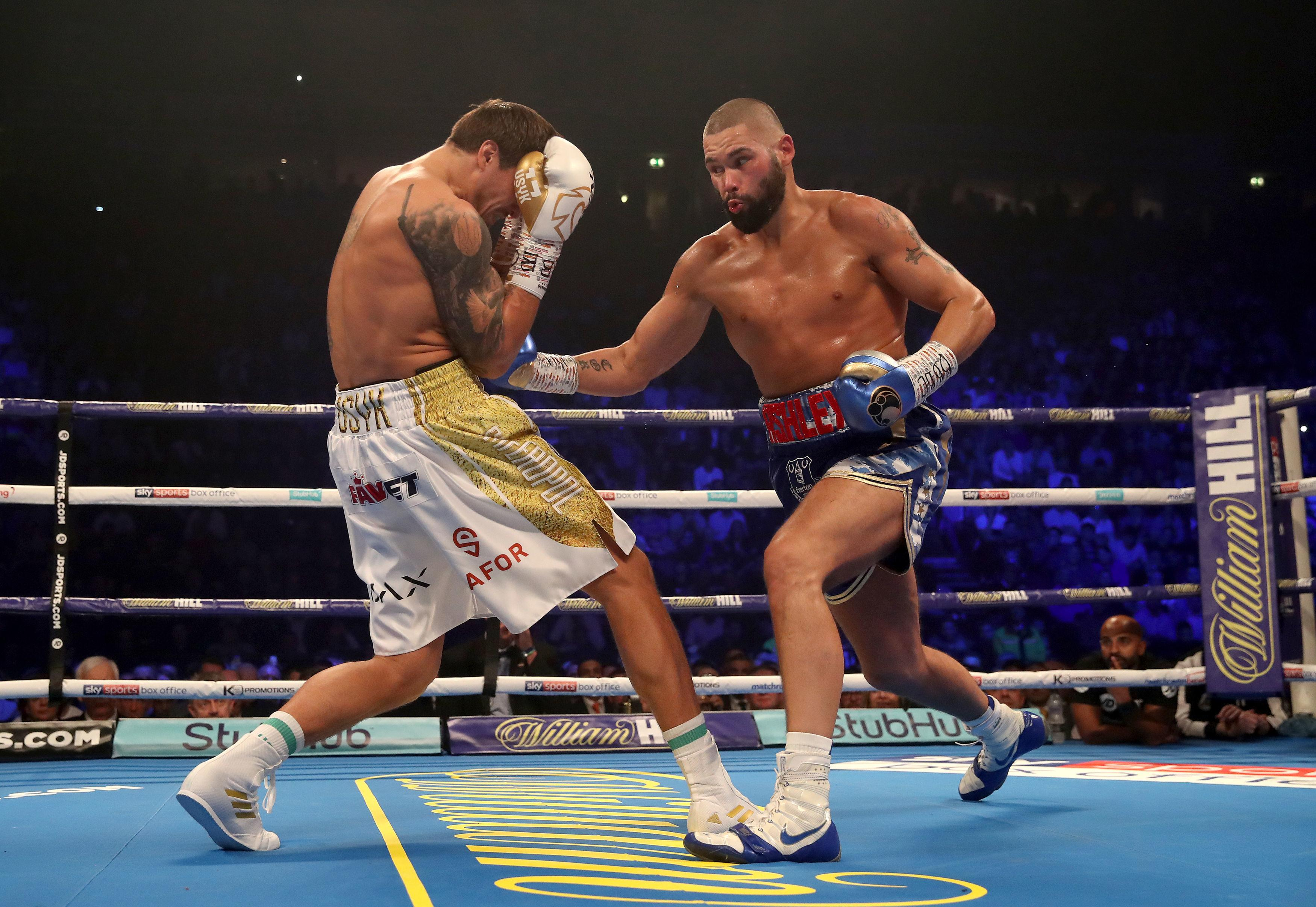 Bellew found success early in the fight landing counter shots to Usyk