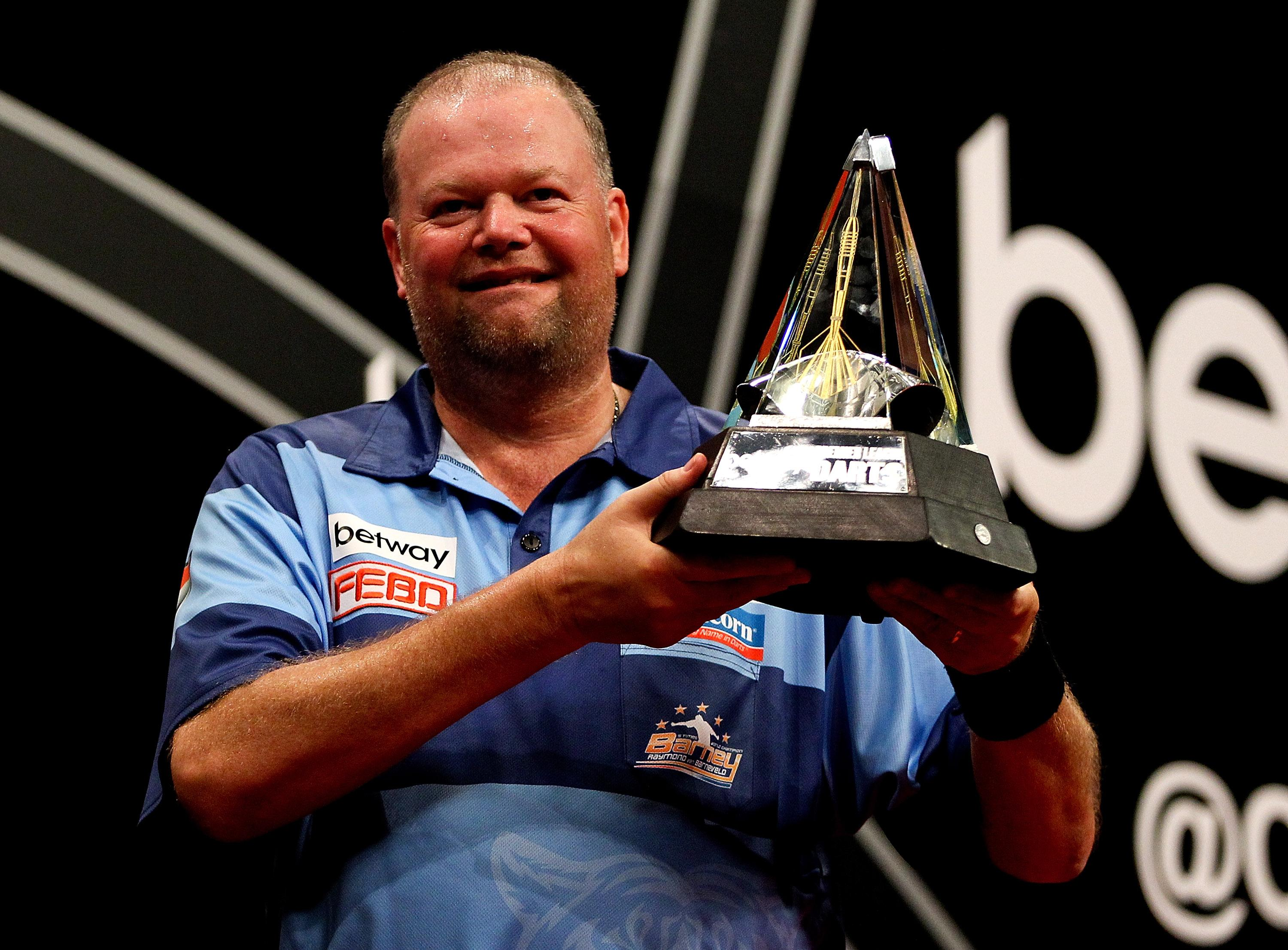 Raymond van Barneveld has revealed he will retire after the 2019/2020 World Championship