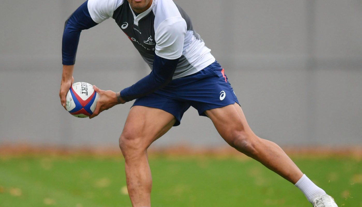 Israel Folau warms up for England as rugby chiefs wait to see if he will wear rainbow laces at Twickenham on Saturday
