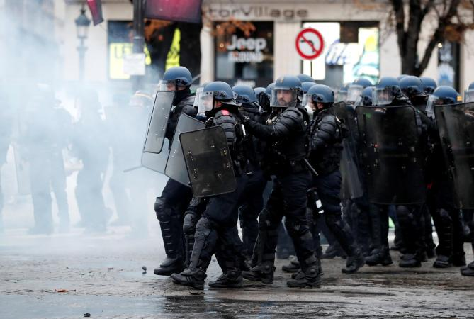 Image result for Anti Macron in Paris