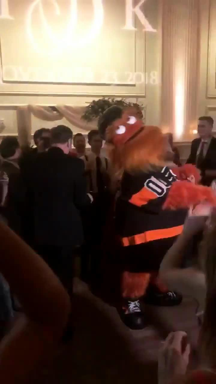 The person who shot the video, Mary Wagner, said she'd 'never been more starstruck' at seeing Gritty
