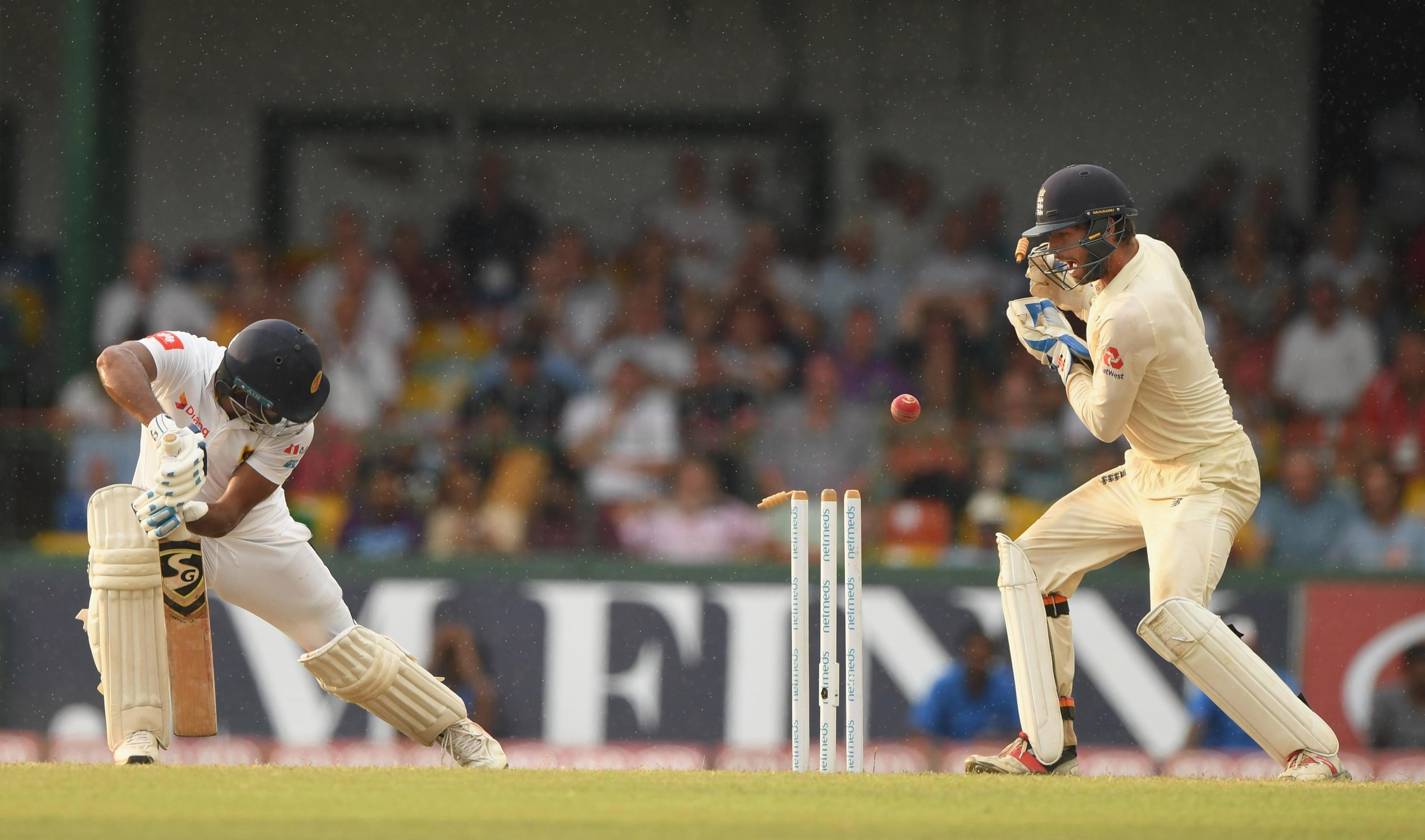 England rattled through Sri Lanka's top order late on day three