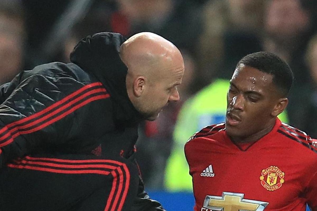 Anthony martial limps off injured as manchester united for 1 800 2 sell homes reviews