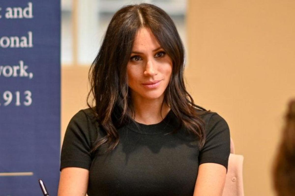 Ambitious Meghan Markle Frustrated Because The Palace Keeps