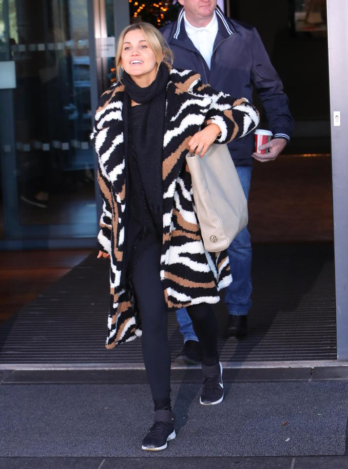 Ashley Roberts left her hotel in London today and headed to the Strictly semi-final