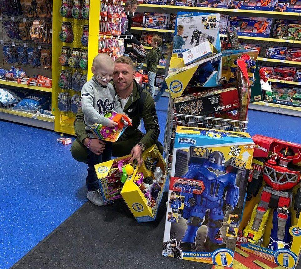 Billy Joe Saunders bought brave Denver Clinton toys for Christmas