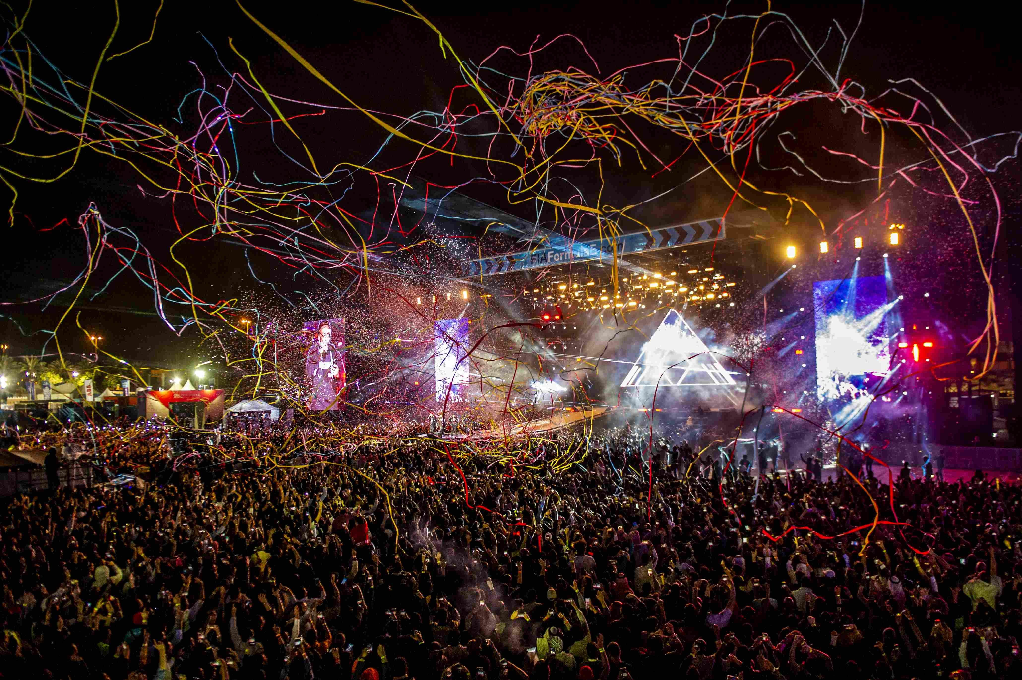 The likes ofThe Black Eyed Peas, Enrique Iglesias, Jason Derulo and David Guetta performed