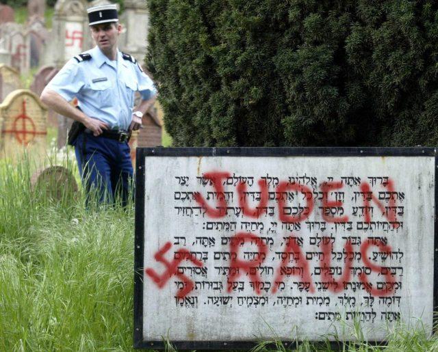 Jewish graves were vandalised in Herrlisheim in 2004