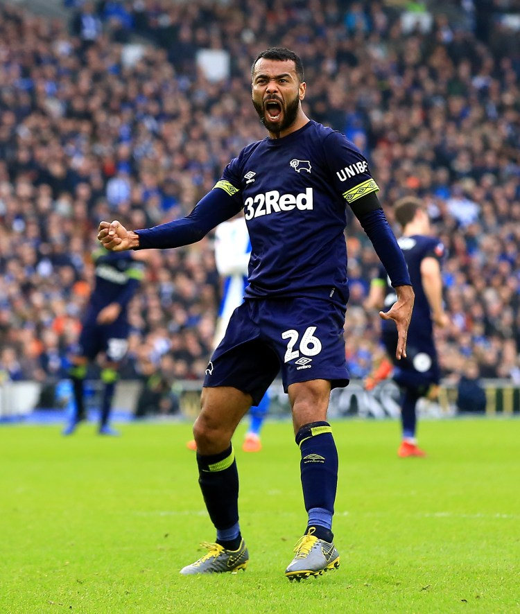 Ashley Cole set up a nervy final ten minutes with his first-ever FA Cup goal