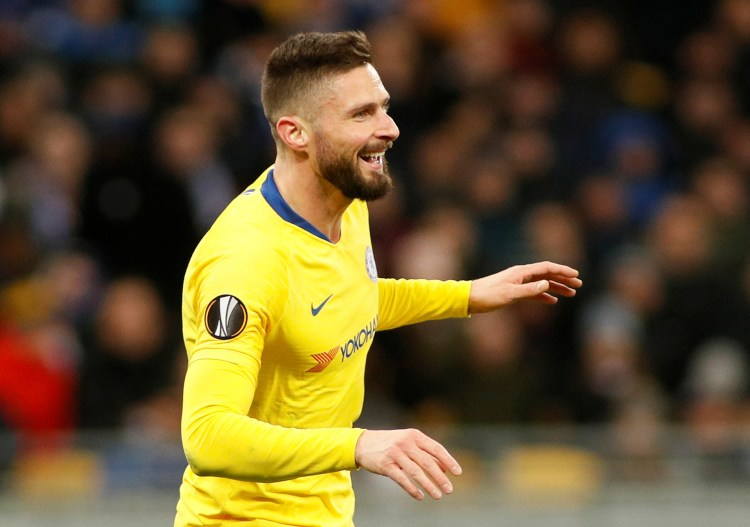 Olivier Giroud scored a perfect hat-trick and set up another against Dynamo Kiev