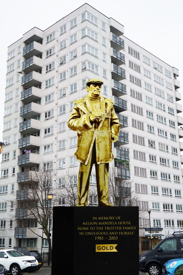 Lovely jubbly as Del might say - how the statue might look