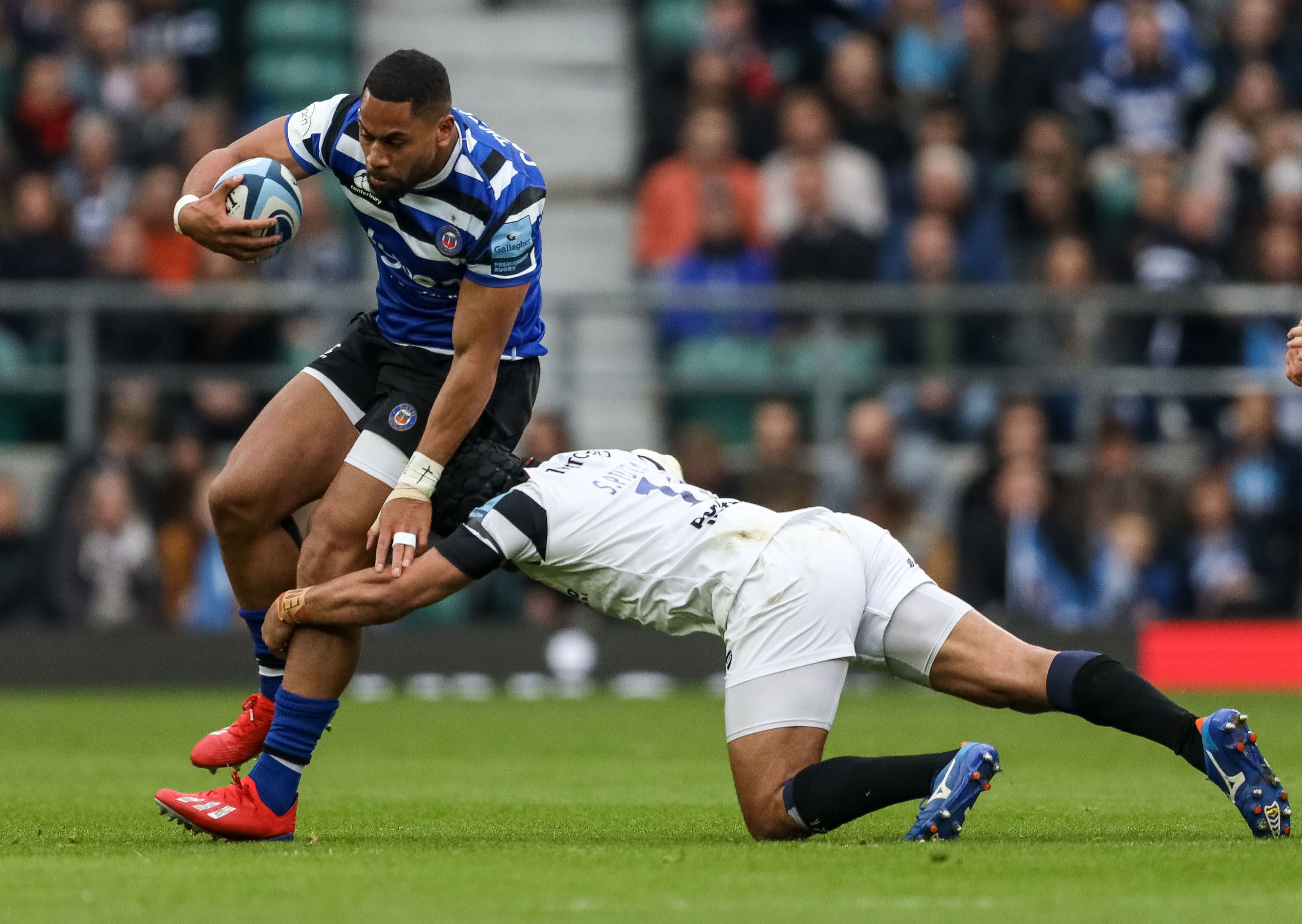England youngster Joe Cokanasiga suffered a shoulder injury while playing for Bath