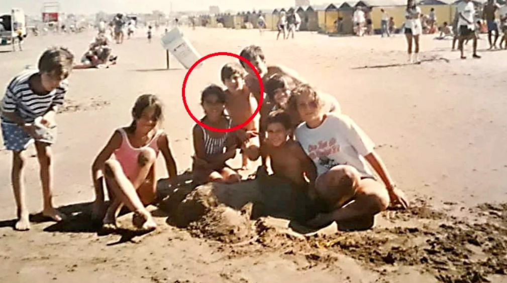 Argentinian newspaper La Capital have uncovered a photo of Lionel Messi and his wife Antonela Rocuzzo aged just ten