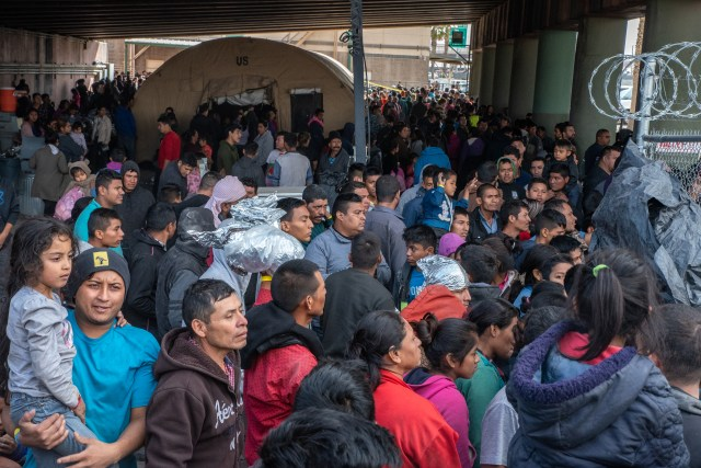 Migrants can be seen at the detention centre in El Paso, Texas