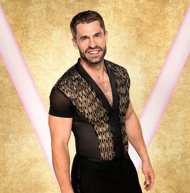 Kelvin Fletcher replaced Jamie on the BBC show