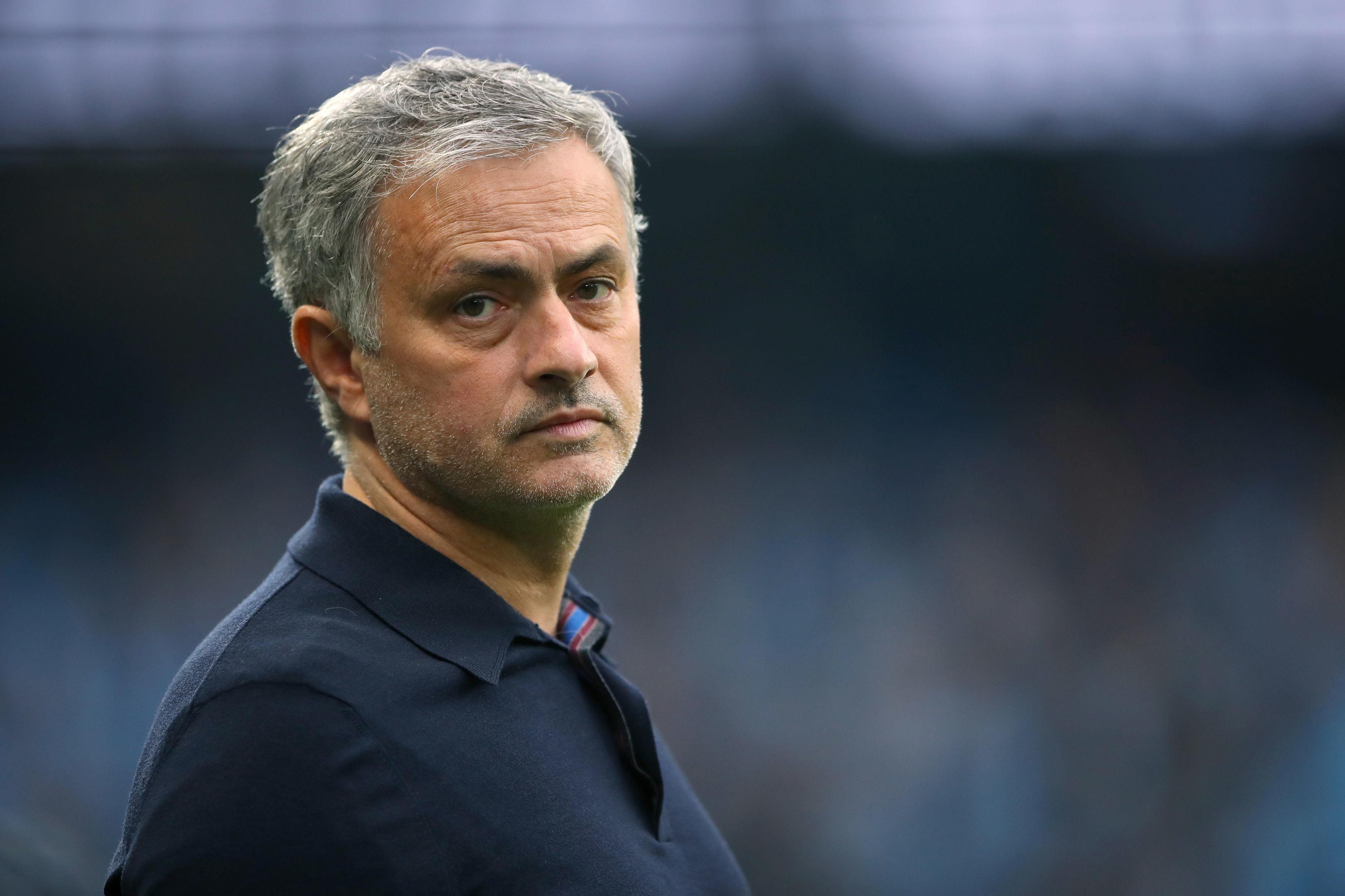 Ex-Man Utd and Chelsea boss Jose Mourinho eyeing Spurs job ...
