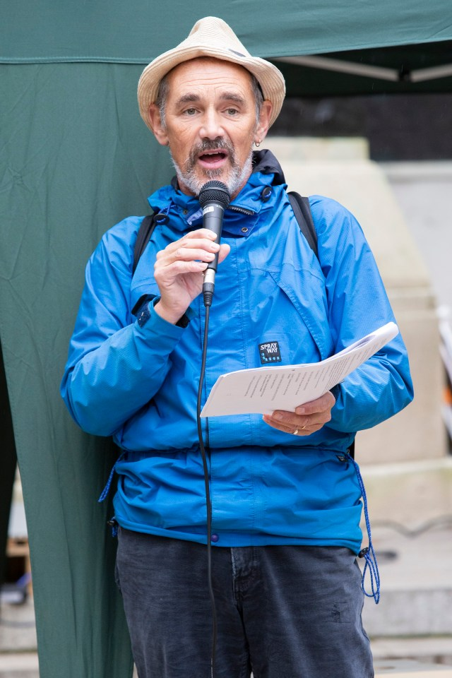 Mark Rylance speaking to crowds today during today's Extinction Rebellion protests