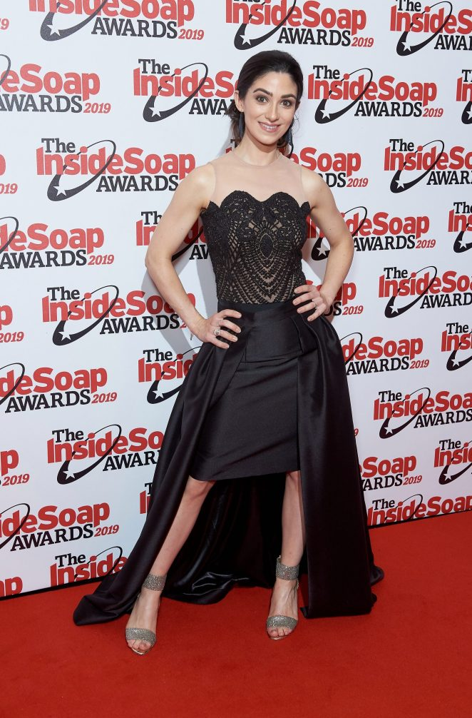 Cassie Bradley looked stunning in a drop-hem gown