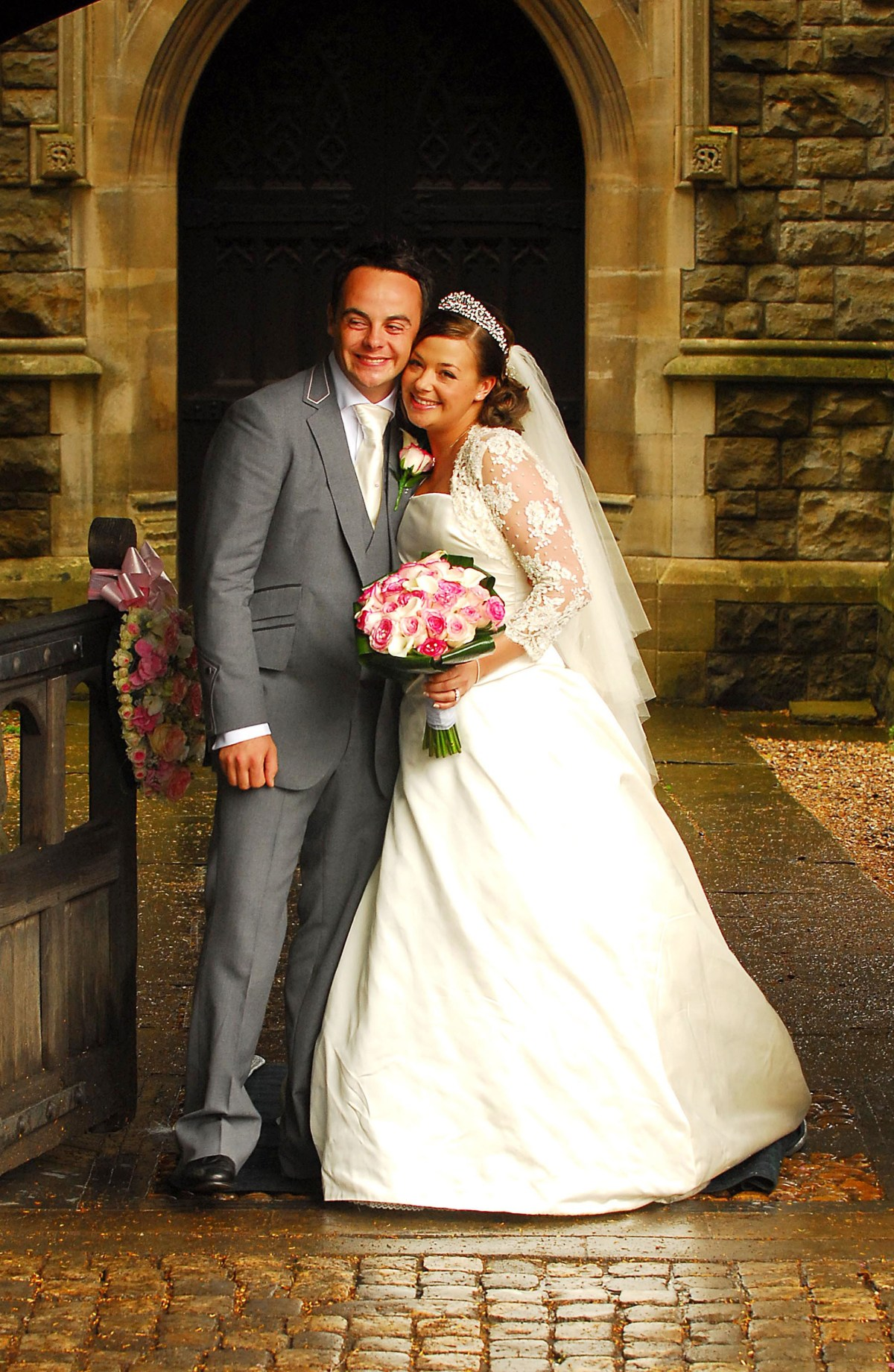 Ant McPartlin and Lisa Armstrong pictured on their wedding day on July 22, 2006