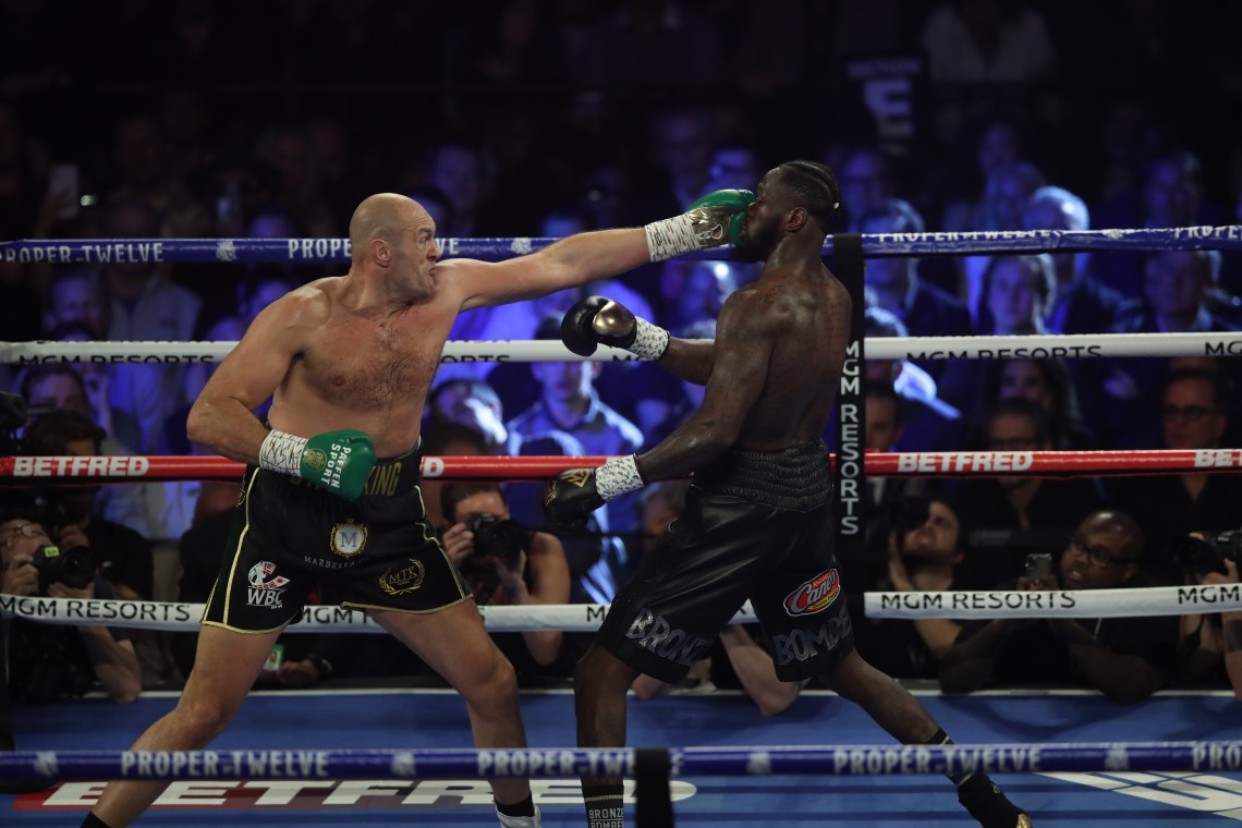 Tyson Fury started the fight in brilliant fashion and had the crowd dancing to his tune
