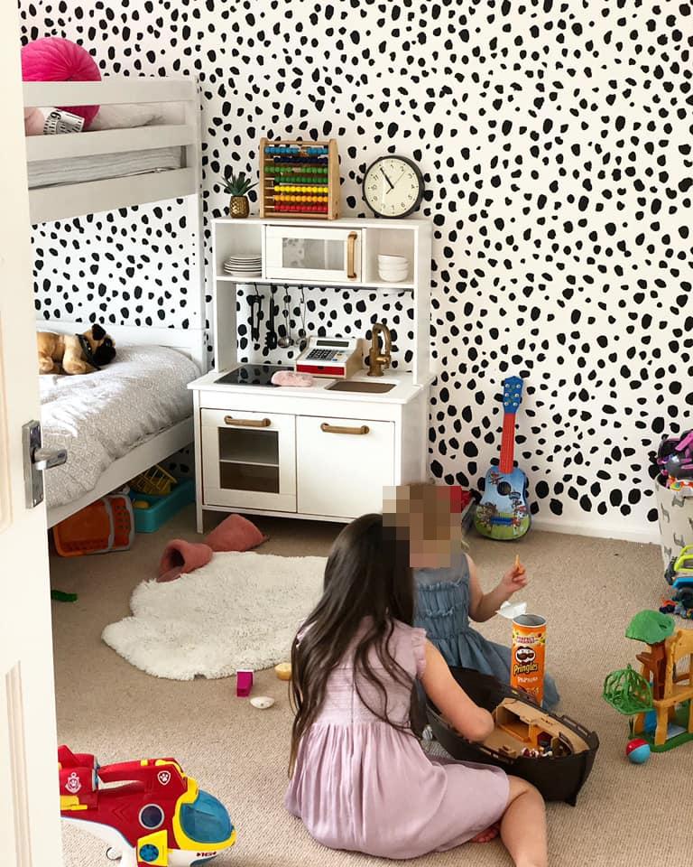利用油漆原点设计打造女孩房-低成本