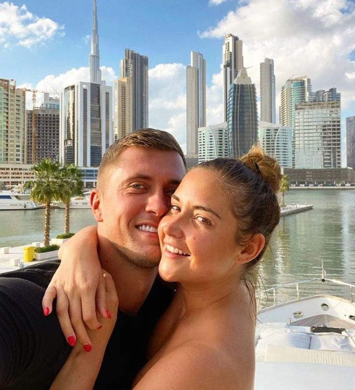 The couple recently posted a photo of their loved ones while enjoying a sunbathing holiday in Dubai