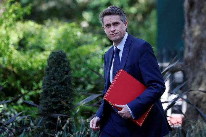 Gavin Williamson reasoned with unions to