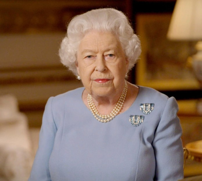 Queen isolates herself indefinitely at Windsor Castle
