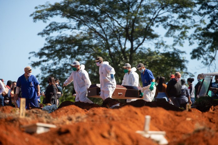 Burials at Vila Formosa cemetery in Sao Paulo when Brazil exceeds one million cases