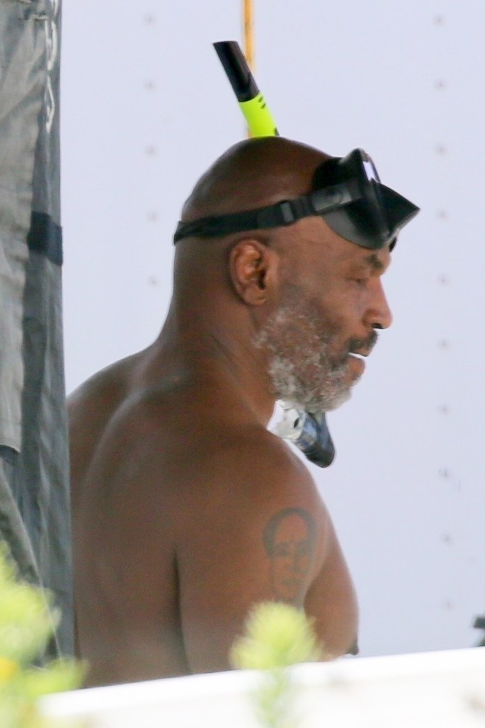 The nastiest old man on the planet was photographed in a snorkel