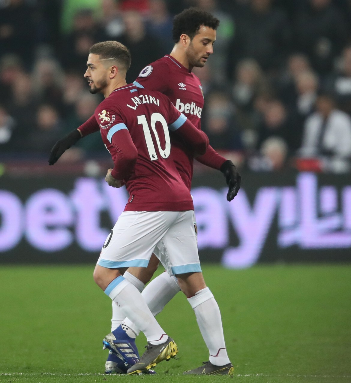 West Ham manager David Moyes hopes to sell Felipe Anderson and Manuel Lanzini, to help his attempts to keep Declan Rice
