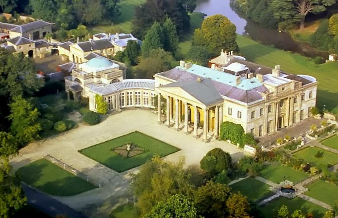 The billionaire lives on a 300-acre Georgian estate in Dodington Park, Gloucs