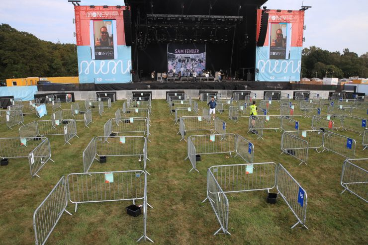 The pop-up venue, pictured before the gig, allows fans to keep away from one another