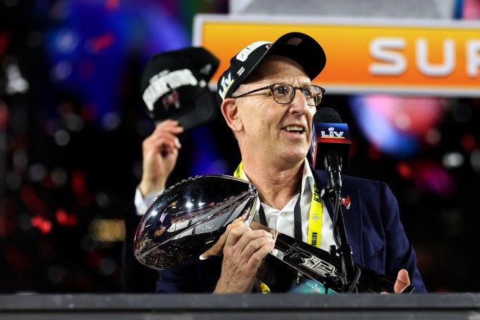 Who Owns The Tampa Bay Buccaneers Meet The Billionaire Glazer Family