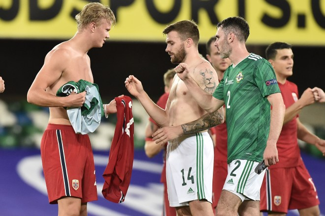 Leeds fans hailed Erling Haaland after he swapped shirts with Stuart Dallas.