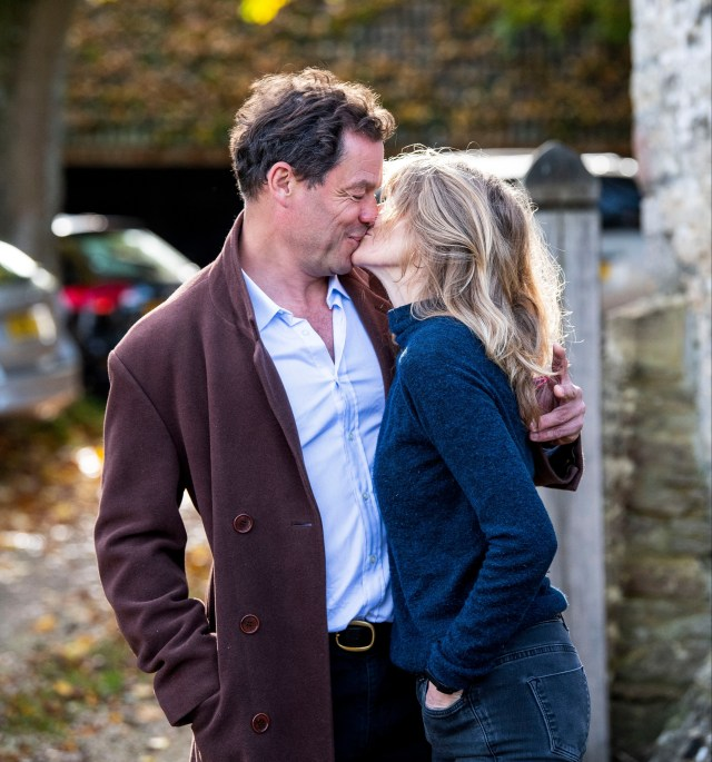 Dominic West put on a 'toe-curling' display of unity with wife Catherine, according to body language expert Judi James