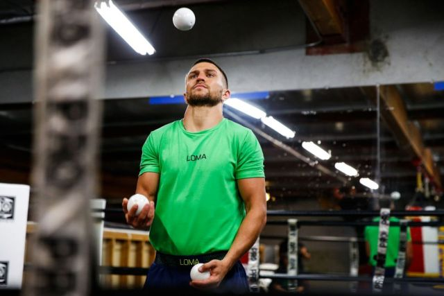 Lomachenko's hand-to-eye coordination is sharpened by juggling