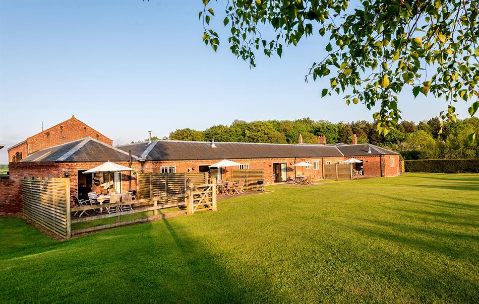 Cranmer Cottages is equipped with a luxury heated indoor swimming pool, tennis courts, games room and children's adventure play area