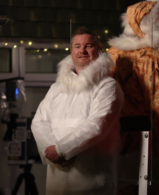 Mortimer wore a big white coat just like in the video for Stay Another Day