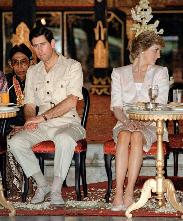 Princes Charles and Princess Diana look noticeably distant in Yogyakarta, Indonesia in 1989