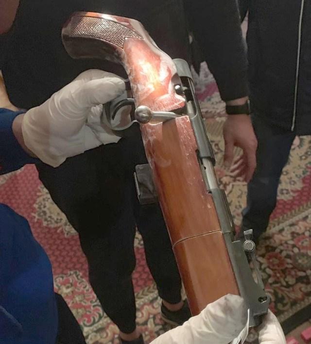 Sokolov used an shotgun mocked up as an antique cavalry gun to kill Anastasia
