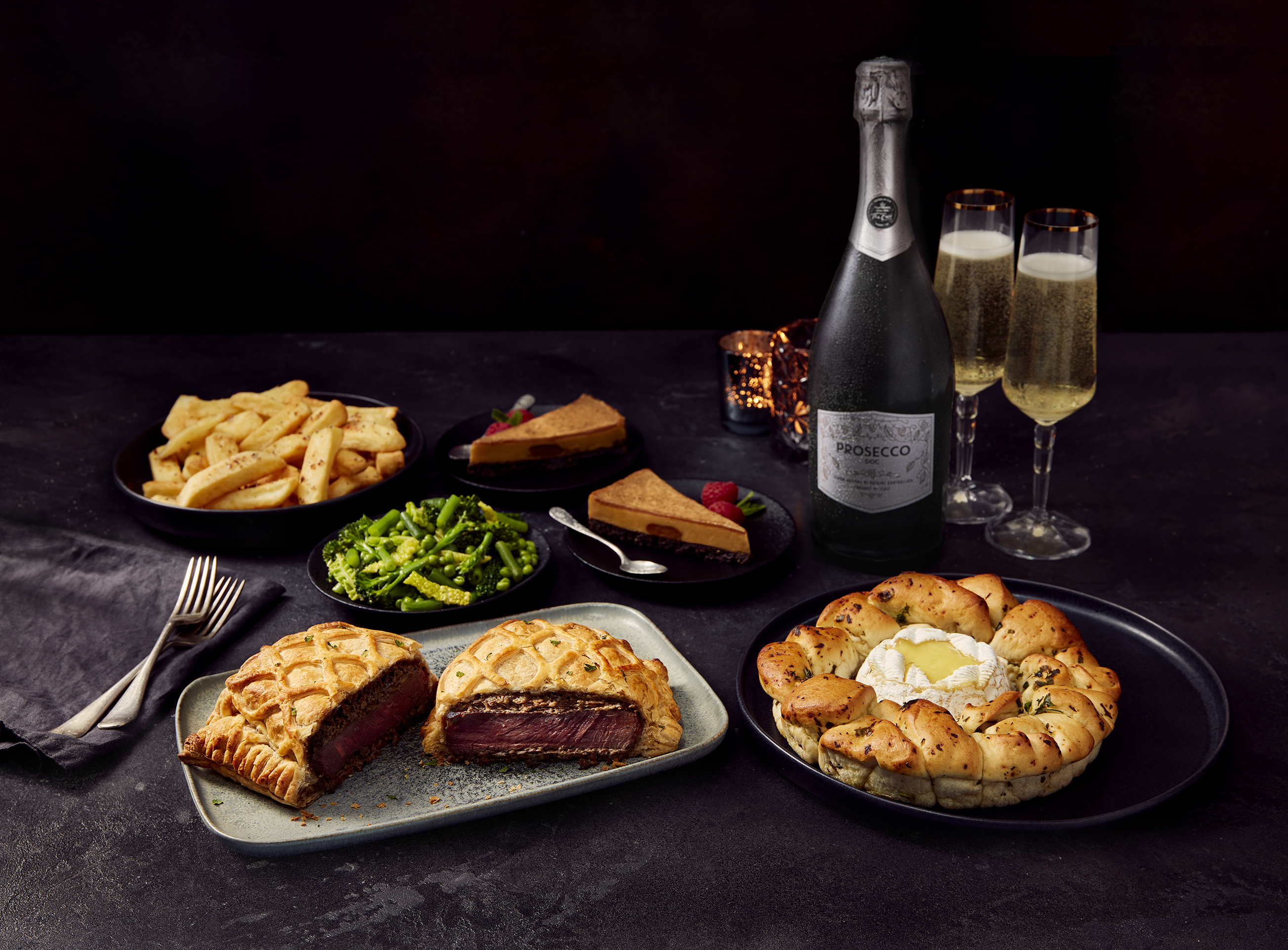 You can save up to £15.25 on this romantic meal for two