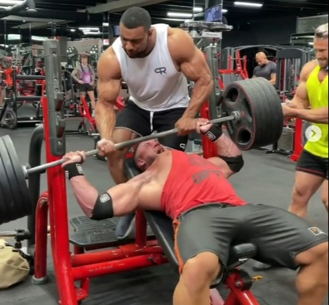 As the weight was lowered down his pec popped out